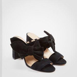 Ann Taylor Oriana Suede Bow Block Heels Black 9.5